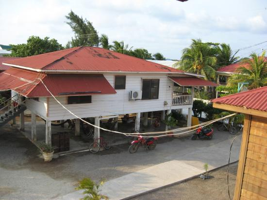 Photo of Trudy's Hotel Utila