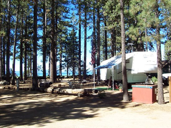 Campground by the Lake: One of our Hookup Spots in