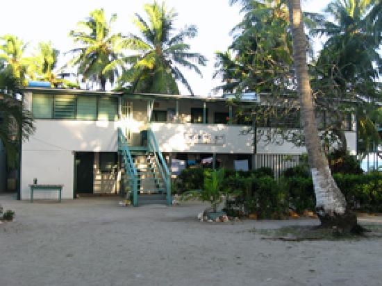 Tobacco Caye, Belize: Lana&#39;s on the Reef