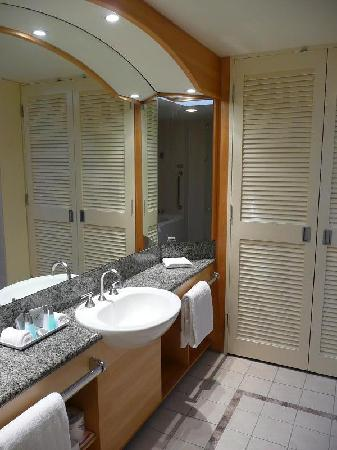 Seahaven Resort: bathroom