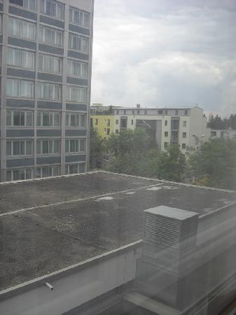 Holiday Inn Munich-Schwabing: the room view