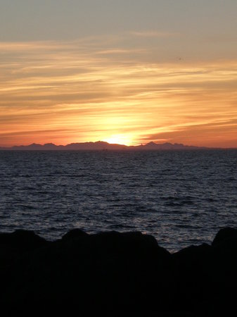 Reykjavik, Islande : Sunset in June, around midnight