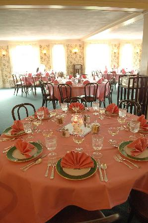 Spalding Inn: dinning room set up for reception