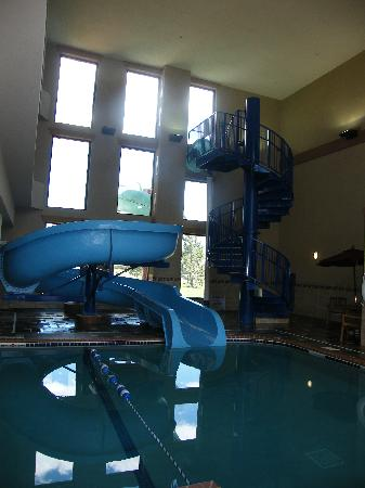 Holiday Inn Express Longmont: Slide