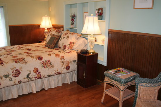 Brookside Inn Bed and Breakfast
