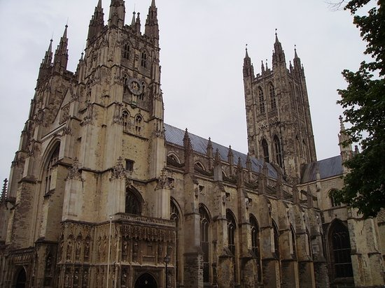 Canterbury, UK: Cathedral from outside