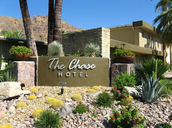 The Chase Hotel of Palm Springs: Chase Hotel Welcomes You