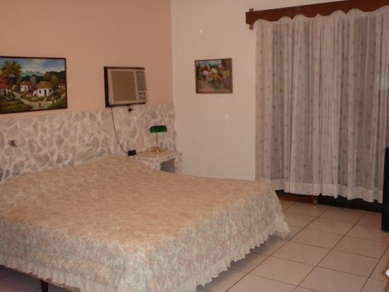 Photo of Villa Helen's Hotel & Restaurant La Ceiba