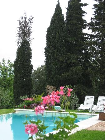 Casale San Lorenzo: pool view