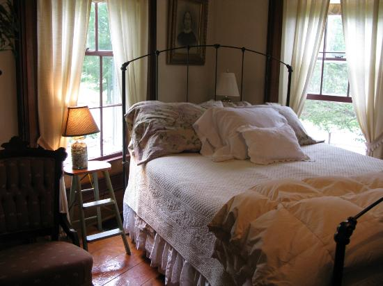 Photo of Thomas Farm Bed & Breakfast Ithaca