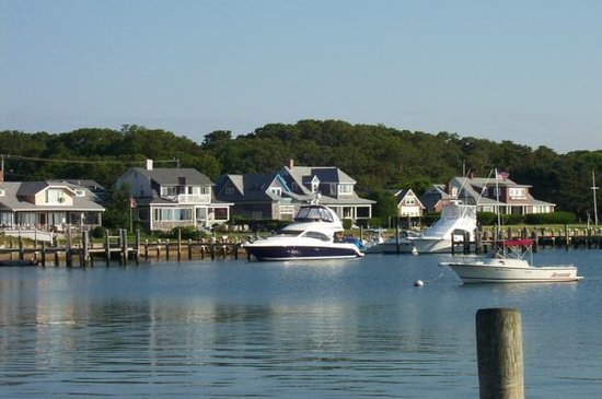 Oak Bluffs Inn: OB Harbor