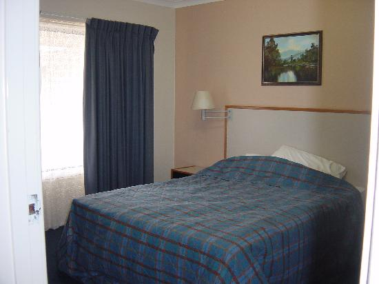 Metro Inn Albany: Metro Inn bedroom 1