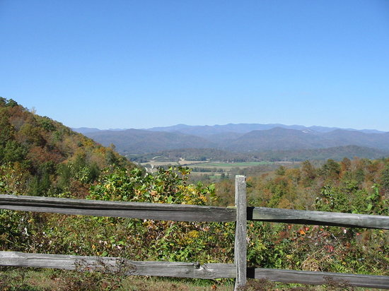 Brevard, Kuzey Carolina: View from Connestee layby