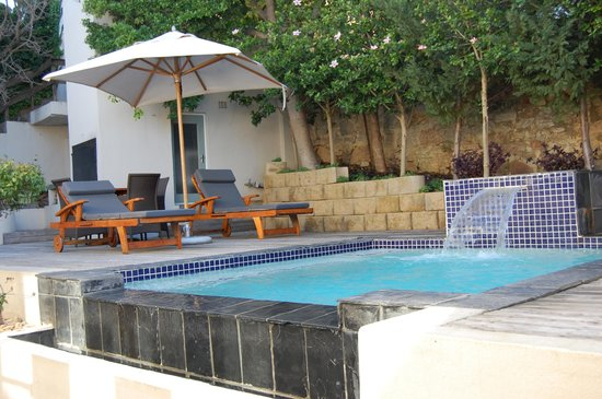 The Cape Cadogan: Private pool.