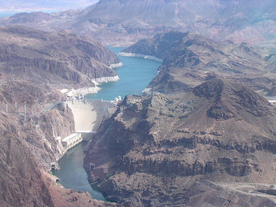 Hoover Dam: Hoover by air