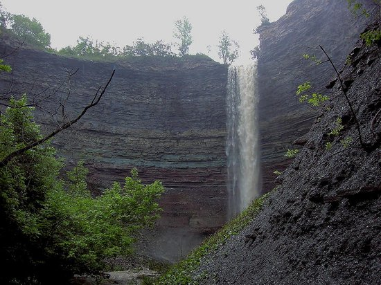 Hamilton, Canada: Devils Punch Bowl Falls