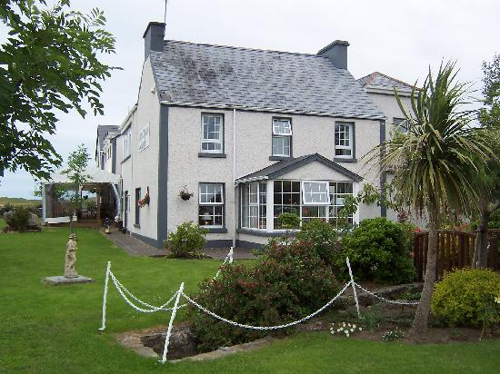 Photo of Lake House Hotel Narin-Portnoo