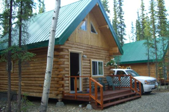 Caribou Cabins: our cabin :)