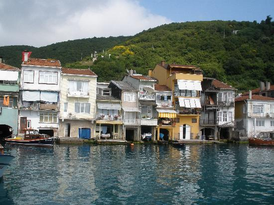 Castle in Anadolu Kavagi - Picture of Bosphorus Cruise Day ...