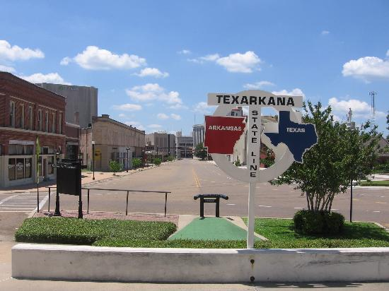 Texarkana (AR) United States  City new picture : Texas/Arkansas state line sign looking south Picture of Texarkana ...
