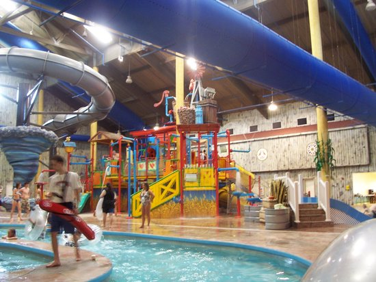Shipshewana, IN: The bucket part of the waterpark
