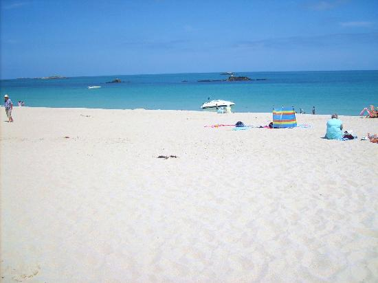 Channel Islands, Herm, Shell Beach - Picture of Herm ...