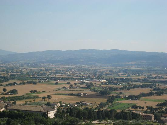 Hotel Abacus: Beautiful Umbria as seen from Assisi