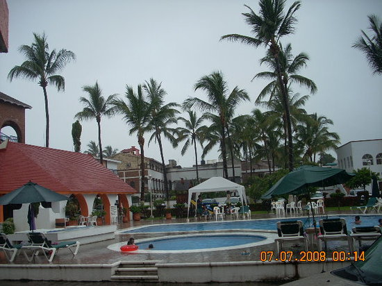 Costa Alegre Hotel and Suites