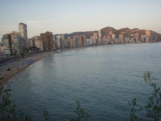 Hotel Magic Villa de Benidorm: levante beach