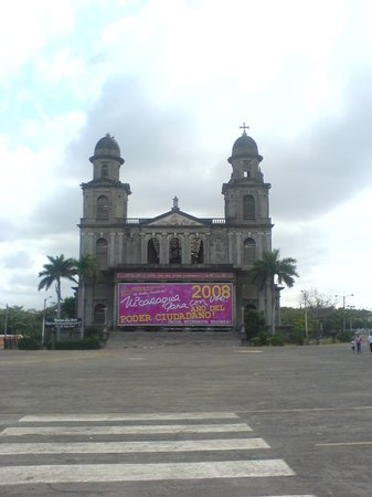 old cathedral of managua santiago de los caballeros damage by the earthquake of 72