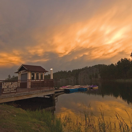 Legion Lake Lodge in Custer State Park
