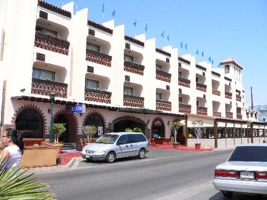 Street View  Picture Of Best Western El Cid, Ensenada. Royal Orchid Metropole Hotel. Palazzo Brandano Hotel. Port Wine Guest House. Anahi Boutique Hotel. Hotel Tiefenbrunner. Fletcher Hotel Paleis Het Stadhouderlijk Hof. Para House. Hotel Baia Delle Zagare