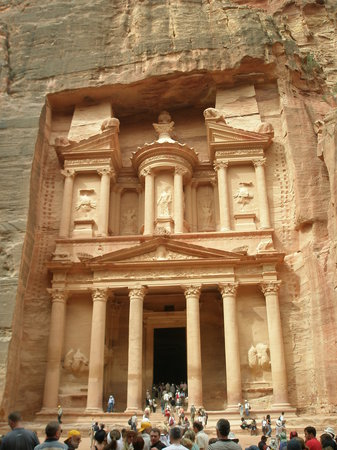 Aqaba, Jordania: The Treasury at Petra- really good fun