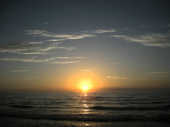 Isla del Padre Sur, TX: Sunrise over the gulf