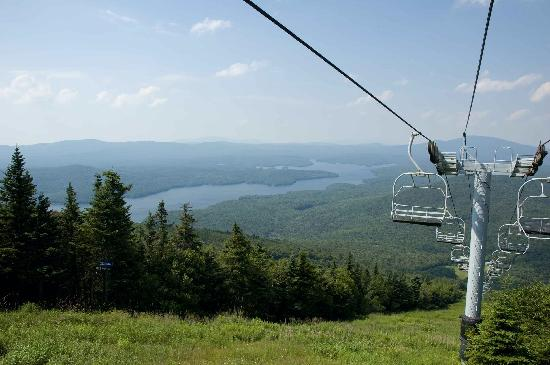 Dover, VT : One of many chairlifts on Snow Mountain 