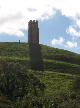 Glastonbury, UK: Walking on the Tor