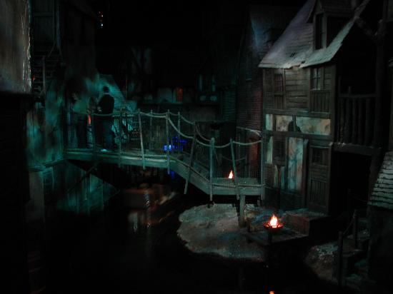 Chatham, UK: Dickens World Interior