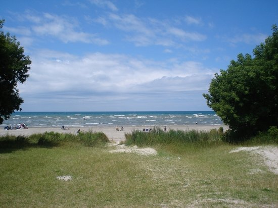 Pantai Wasaga, Kanada: Wasaga Beach looks nice.