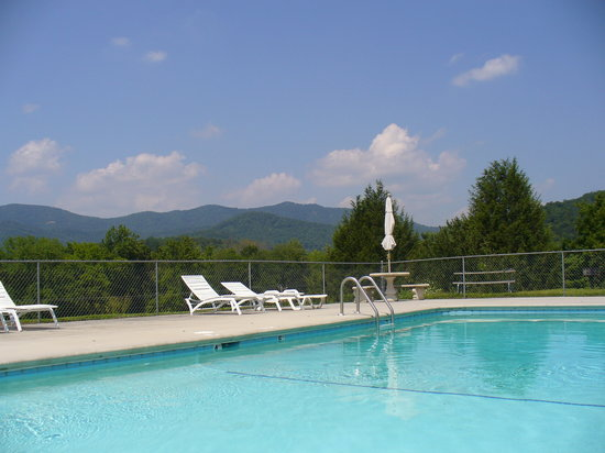 Townsend, TN: View from the upper pool