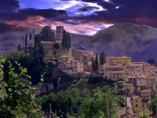 Barga Italy  city images : Barga Photos Featured Images of Barga, Province of Lucca ...