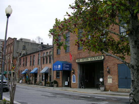 Wilmington, Carolina del Norte: the Cotton Exchange - now home to shops and eateries.
