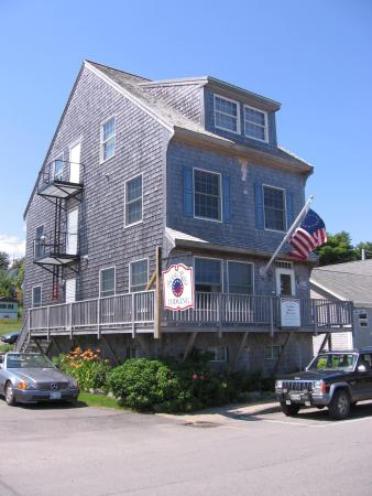 Betsy Ross Lodging