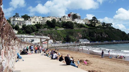 Buckingham Lodge: Lovely beach front Torquay