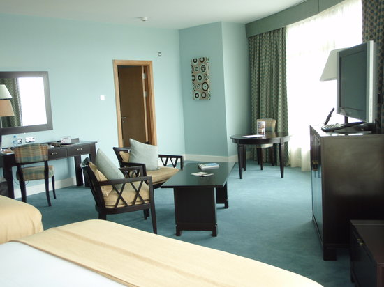 Cork International Airport Hotel: First Class room
