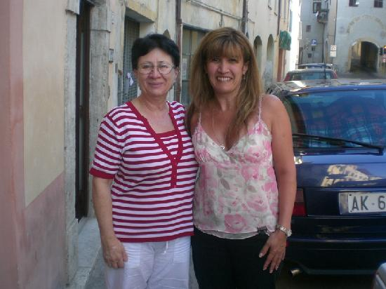 Le Tre Perle B&B: Elisabetta with my wife
