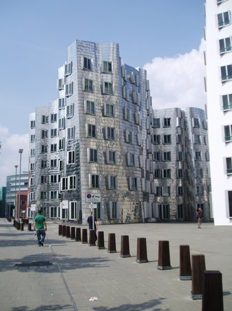 Dsseldorf, Alemania: Great architecture