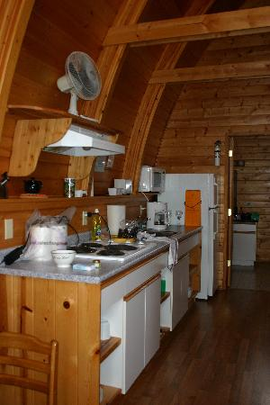 Oyster Bay Resorts: Well equipped kitchen