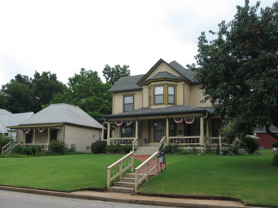 Photo of The Seely House Bed and Breakfast Guthrie