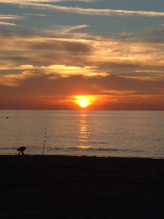 Trouville-sur-Mer, Frankrike: Trouville beach - sun set