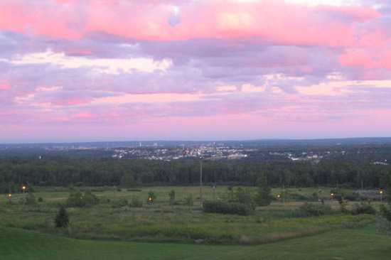 Holiday Inn Express Moncton : View of Moncton from behind Magnetic Hill - Magic Mountain crossroad, about 3 minutes from motel